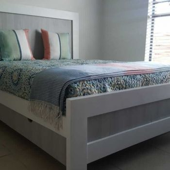 Fresh Timber Bed Base_white wood & MDF storage
